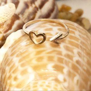 Gold Toned Arrow Heart Dainty VSCO Cute Ring